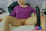 Teen Fists Her Own Ass