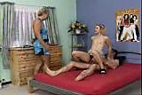 56  fatoselelci  Junges Girl mit Mama und Papa im Bett - Anal