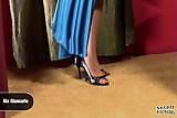 Signora matura fa 1 pippone coi piedi parte 2