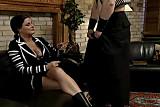 Femme mure au gros seins jouit un jeune by Clessemperor