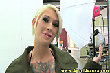 Angel Joanna visits hot bffs backstage