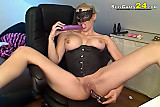 Sexy blonde let the dildo work