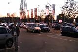 Am ToysRus Parkplatzfick mit 2 Frauen gefickt
