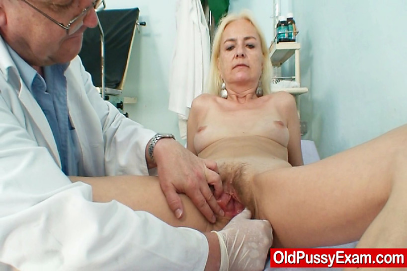 Врачи старушки порно