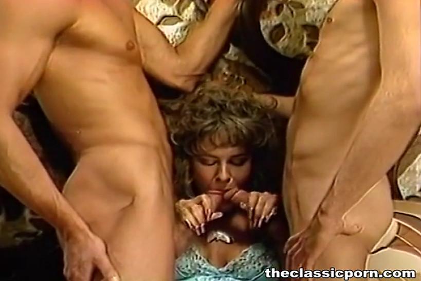 Порно фильмы об измене, жена в свингер клубе