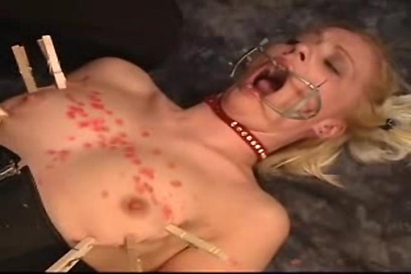 Воск наказание мужское доминирование корсет экстримальный секс.