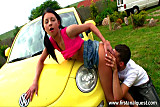 Teenage girl gets anal sex near her yellow car