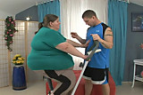 Personal Trainer Fucks Obese Woman