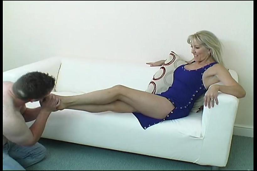 russkie-lizhite-nogi