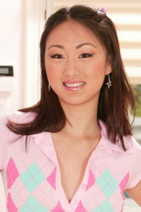 Evelyn Lin's Free Porn Videos, Porn Pics, Profile & More